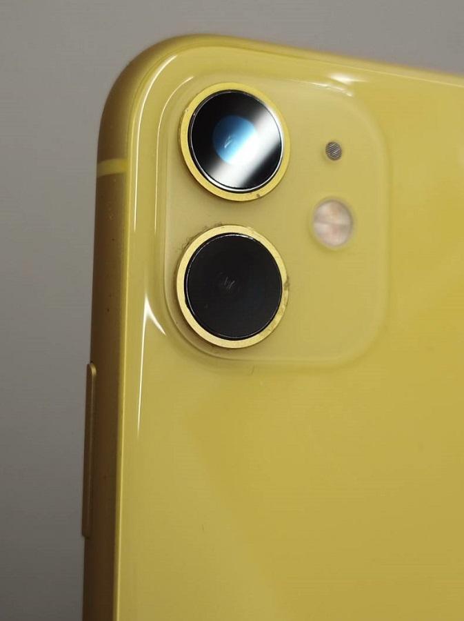 修理で綺麗なカメラガラスになったiPhone11画像