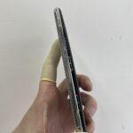 iPhoneXの画面が浮いてきた!?バッテリーが膨らんでる?