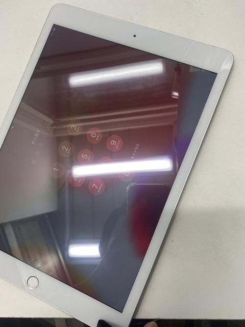 iPad7ガラス割れ修理後