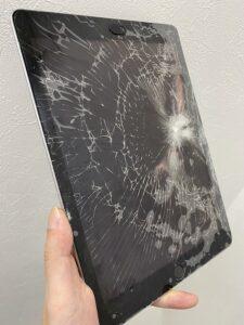 iPad6ガラス割れ