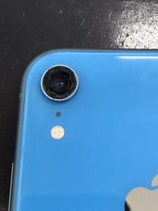 背面カメラが割れているiPhoneXR