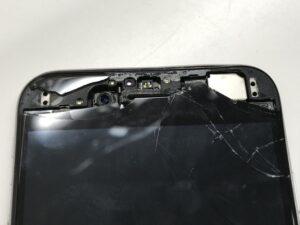 近接センサーやインカメラのガラスがボロボロになったiPhone7