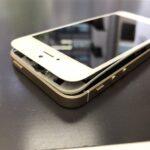 iPhoneの画面が浮く原因は膨張したバッテリーにあり!