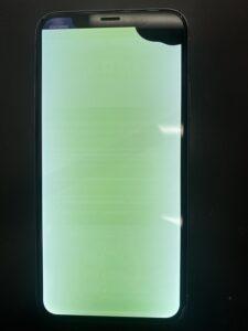 iPhoneXSの画面が緑に!?